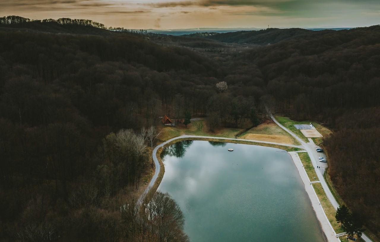 Novljansko jezero iz zraka